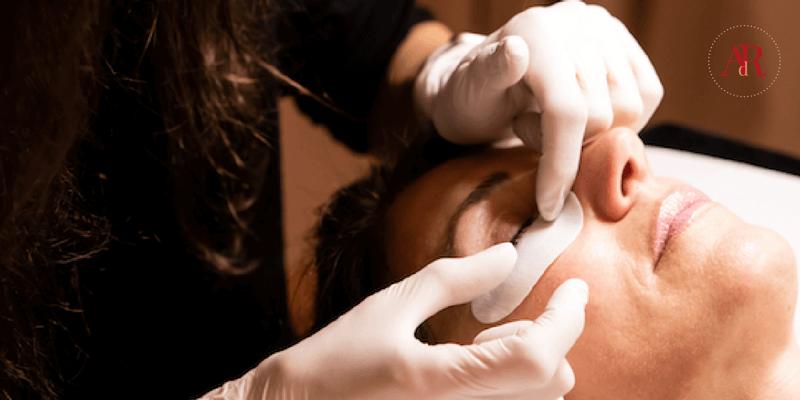 Soins des sourcils, contours des yeux: 3 bonnes raisons de prendre soin de son regard